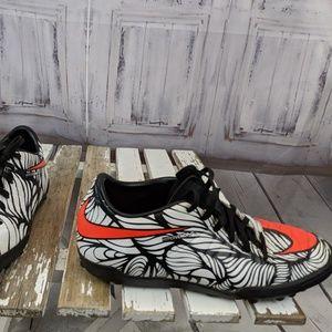 Nike women's hypervenom shoes indoor soccer 821108